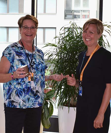 Harriet Kullberg (t.v.) senior förändringsledare på Pro4u tillsammans med Eva Vitell, Verksamhetschef på Vattenfall Eldistribution